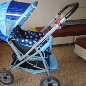 продам детскую коляску бу 1 летний сезон